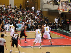 IMG_3103 (glazaro) Tags: city basketball japan japanese asia stadium arena dome  osaka sendai kansai kadoma namihaya bjleague evessa 89ers