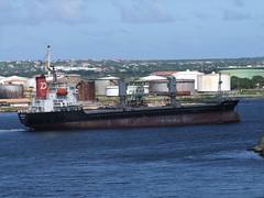 Balsa 55 (R&AH) Tags: ship bow curacao oil petrol tanker bulbousbow balsa55