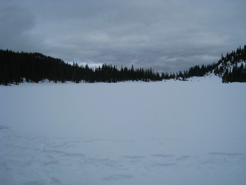 Snowshoeing to Lake Louise