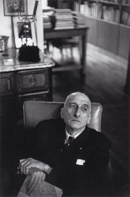 02b François Mauriac, Paris. 1952