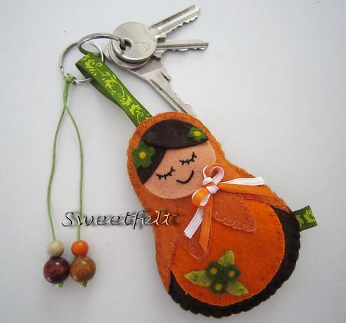 ♥♥♥ Para uma menina que gosta de Matrioskas e porta-chaves grandões !! by sweetfelt \ ideias em feltro