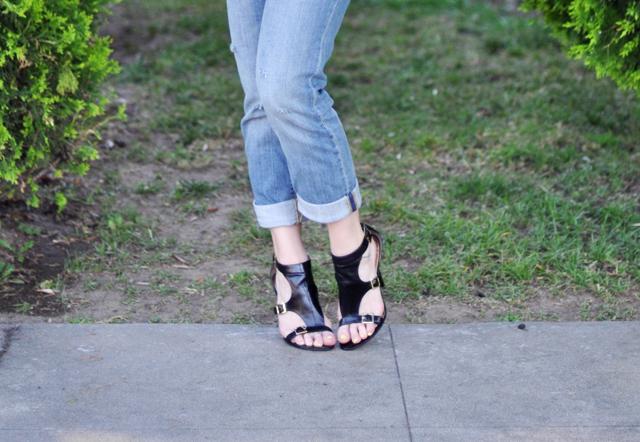 guess buckle heels