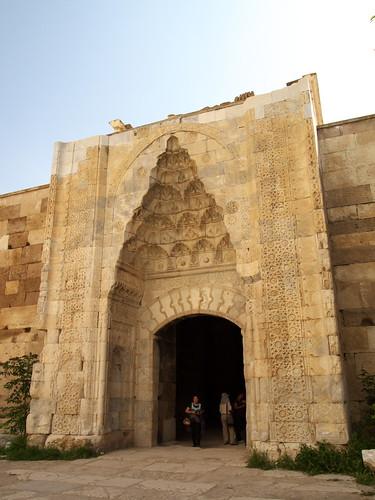 Sultanhani驛站內另一個門間