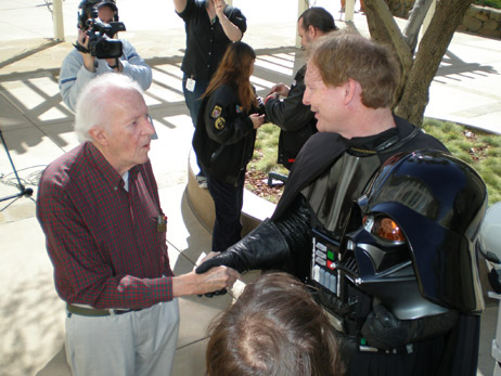 McQuarrie shakes with Vader (Mark Fordham)