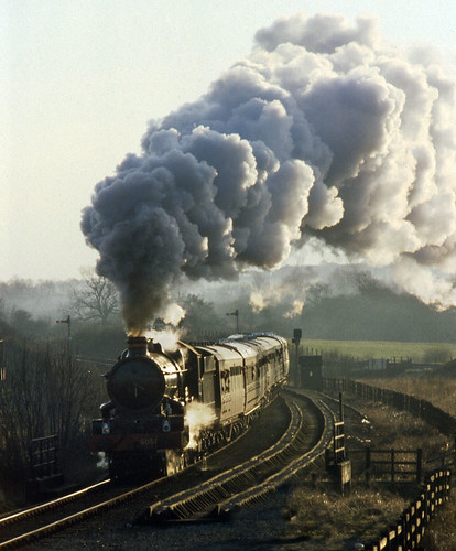 5051 Bearley Junction (geoffspages) Tags: sky landscape coach smoke railway steam locomotive uksteam drysllwnycastle