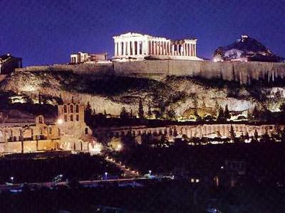 Vistas de la Acrópolis desde el Pireo