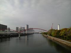 大井埠頭に渡る途中(運河上)