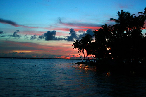 Kumarakam - sunset colors