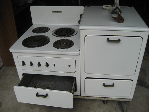 1940's General Electric Stove