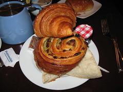 Petrossian: French breakfast