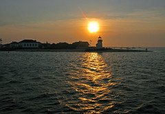 Leaving Nantucket Island (photoholic1) Tags: ocean sunset sea lighthouse reflection water canon capecod nantucket g9 top20lh top20lh20