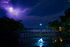 Maquinit Hot Spring, Coron, Palawan (pubert) Tags: lightning coron nightscapes palawan maquinithotspring