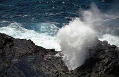 Wusch (Jean-Marie Welbes) Tags: usa hawaii meer slide dia scan kste felsen brandung