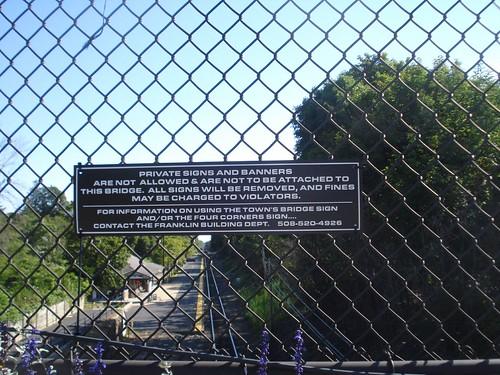Franklin: Sign restriction