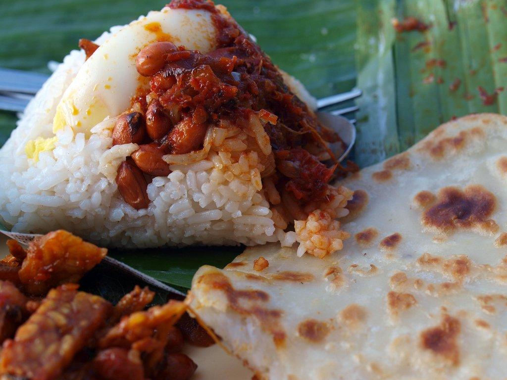 nasi lemak dan lempeng