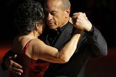 della passione che non ha età.... (rosa_pedra) Tags: torino dance tango turin ballo milonga etnotango motorvillage hofattoilbotto selehomessetuttecèunmotivo
