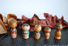 All the tiny vintage kokeshi together now! (Otomodachi) Tags: wood old cute art vintage toy japanese doll handmade antique kunst craft pop kawaii kokeshi oud hout woodcarving lief craftsmans