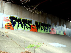 graffiti (5chw4r7z) Tags: ohio graffiti bars downtown cincinnati met ends rinso merje dezn