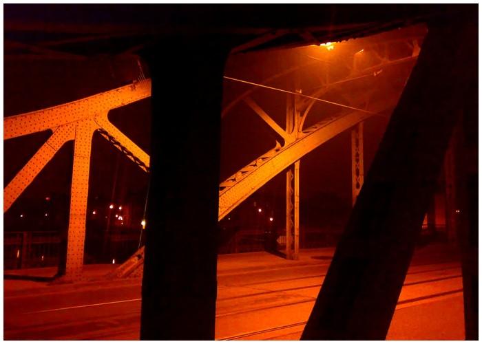 nocą na Podgórze