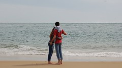 Face  la mer (just4kiss) Tags: sea mer france love beach couple plage amoureux atlantique capferret ocan