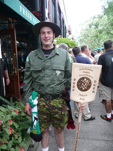 Abe Goldman-Armstrong as Beer Patrol Man