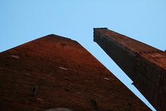 angoloB (La_Babi) Tags: sky towers bologna torri asinelli supershot