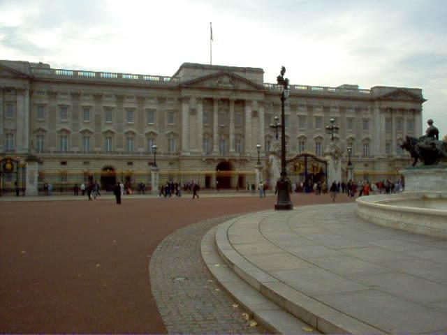 Europe 2005 Buckingham Palace