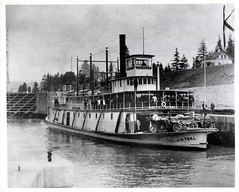 "Sternwheeler, ""J.N. Teal"" (Smithsonian Institution) Tags: water oregon river boat canal ship mail columbiariver cascades locks packet 1910s sternwheeler columbiarivergorge smithsonianinstitution cascadelocks nationalpostalmuseum thebigmuddy jnteal commons:collection=mail"