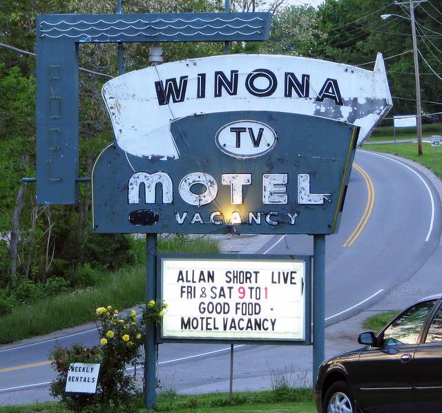Winona Motel