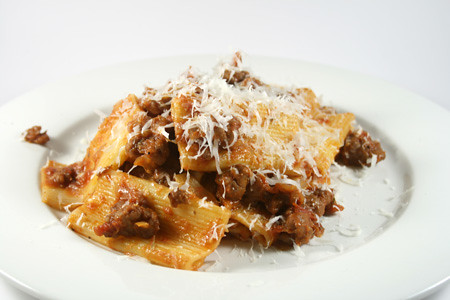Rigatoni with sausage, fennel and tomato