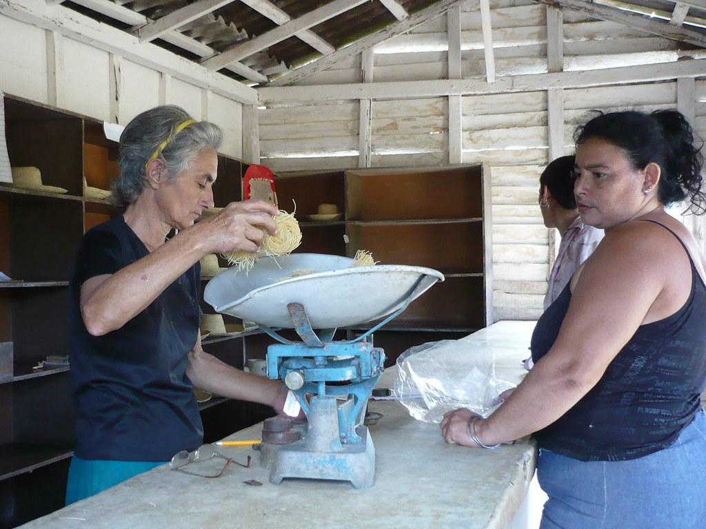 Cuba: fotos del acontecer diario 2631857082_52997567f4_b