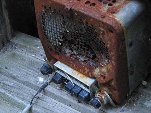 Old school memory radio