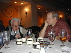 Murray Gell-Mann and Tom Munnecke in Santa Fe, NM