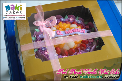 Pink Purple Vanilla Fruit Cake in Box - Maki Cakes