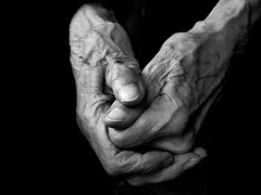 Hands and the Heat (algo) Tags: bw topv111 photography hands topf50 topv333 bravo skin fingers topv5555 heat algo thumbs topv3333 topf100 oldage topf200 onblack 100f topv7777 100years blueribbonwinner firstquality artisticexpression 50f abigfave artlibre artlibres 200850plusfaves theenchantedcarousel obq phvalue wonderfulwordsbyannettesotruekiki