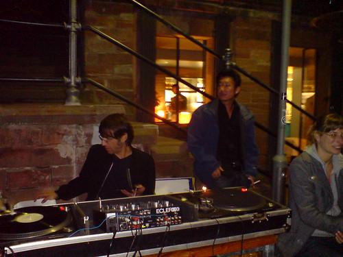 DJ Mario Gaetano am Maincafé, Oktober 2006 -- mario-maincafe00121