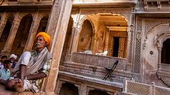 Inside Patwon ki Haveli (Henk oochappan) Tags: street india standing canon eos 2008 jaisalmer rajasthan northindia canoneos5d oochappan patwonkihaveli indianphotography