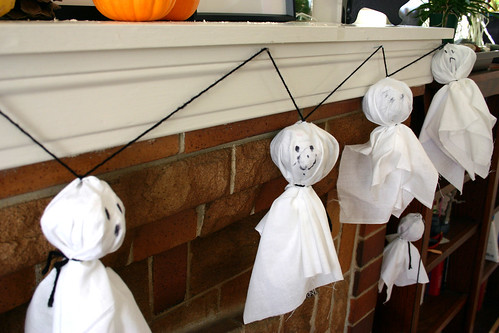 ghost crafts, halloween haunted, ghosts crafts, halloween ghost crafts, easy halloween craft projects, scary halloween pictures, fun halloween stuff, kids fall craft ideas, floating ghost, flying ghosts, making halloween ghosts, halloween displays, halloween fun crafts, ghost halloween decoration