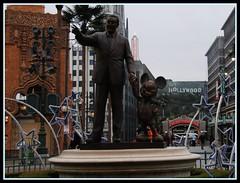 Walt Disney Studios - Partner Statue