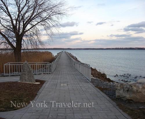 Seneca Lake, Home of the Lake Farts : New York Traveler net