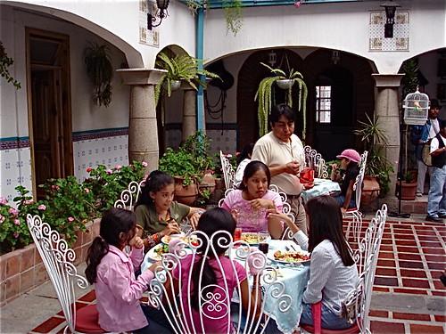 cotacachi-charity