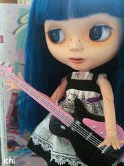 ichiko plays guitar