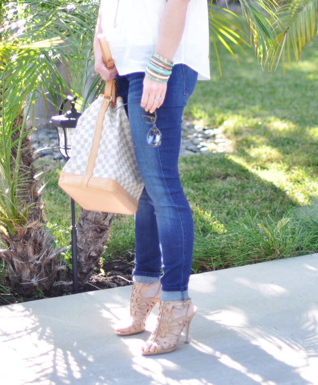 jeans and white blouse and nude shoes and bag