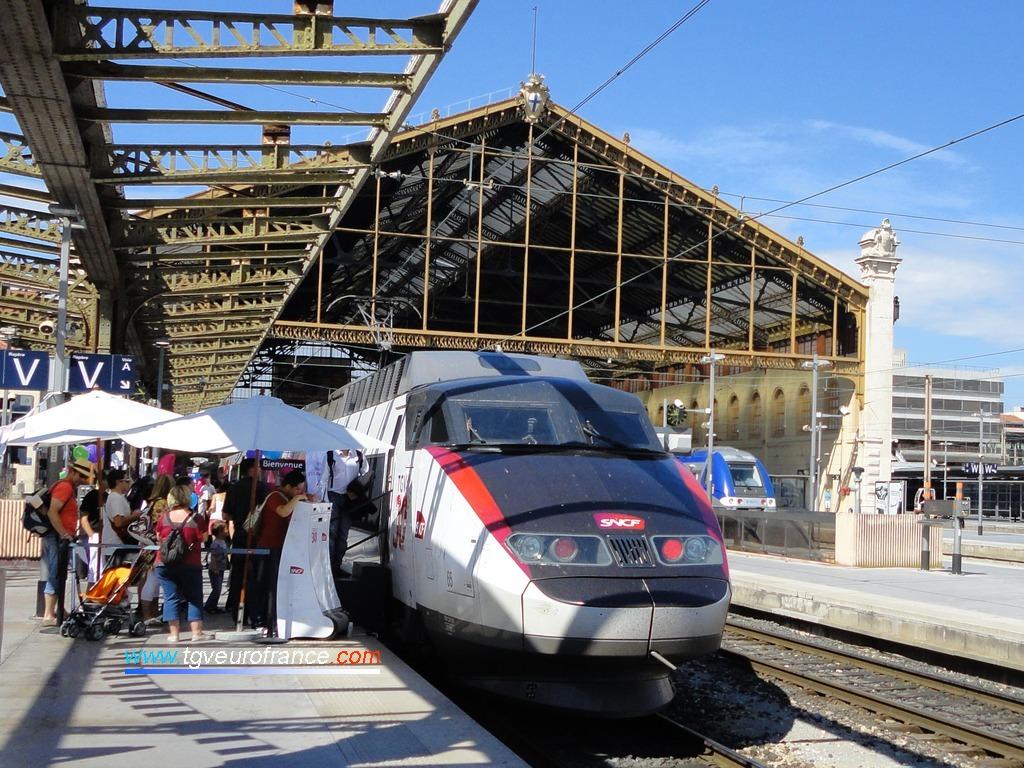 Célébration des 30 ans du TGV lors de l'étape marseillaise de la rame TGV Expérience