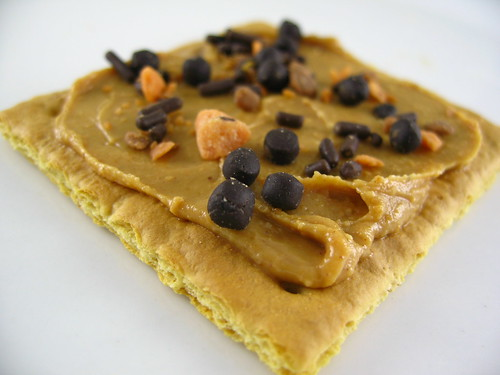 graham cracker with peanut butter