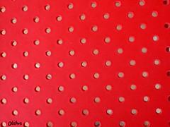 respaldo en rojo (odalhua) Tags: red rojo silla agujeros respaldo