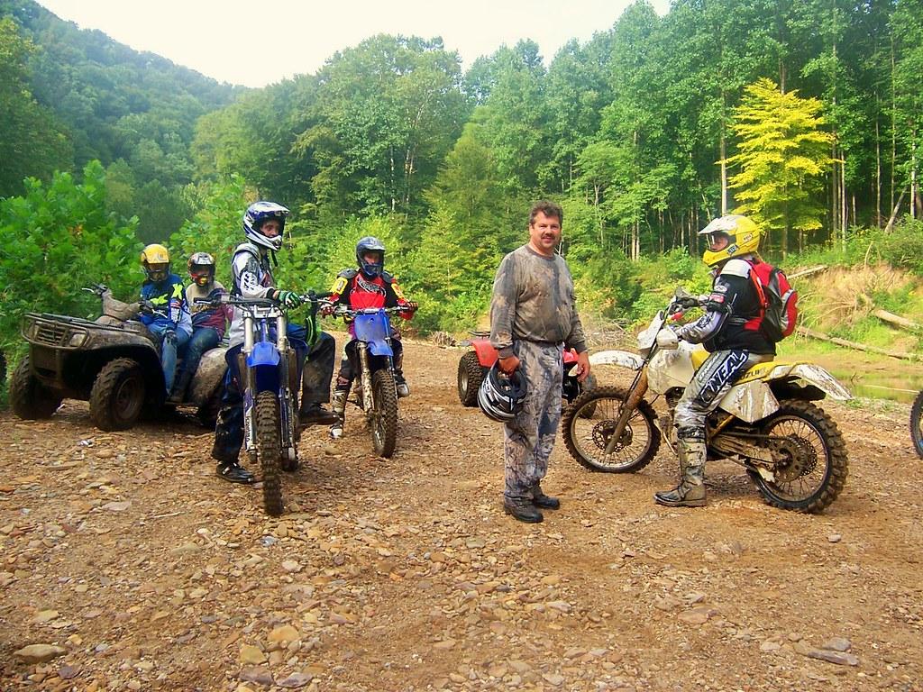 4 Wheelers meet Dirt Bikes
