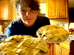 146/365 (sienna mooney) Tags: blue english apple shirt out pie crust four for baking interesting memorial day yum dough may sienna smith days delicious hundred e ap pies benny apples 365 woven monday granny awe mooney six sixth 2008 eight twenty 08 forty 26th mishap joon uncooked 146 366 weaved 146365 siennamooney ohceecee 052608