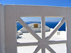 Santorini - Ia 12 (timinbrisneyland) Tags: gate view santorini greece ia