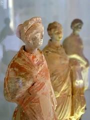 Siciliennes (adour garonne) Tags: italy statue italian roman terracotta culture antiguas sicily vic antiques antics cultura italiano exvoto terrecuite siciliano sicile supershot